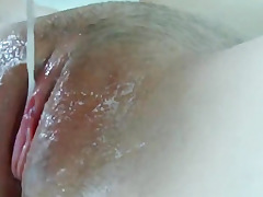 Padlock blonde reviling with cumming